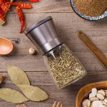 1Pcs-Stainless-Steel-Glass-Salt-Manual-Pepper-Mill-Spice-Grinder-Stick-For-Cooking (4)